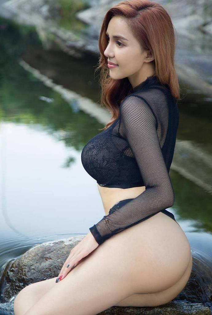 中文音声-管理员小姐的浴室关爱