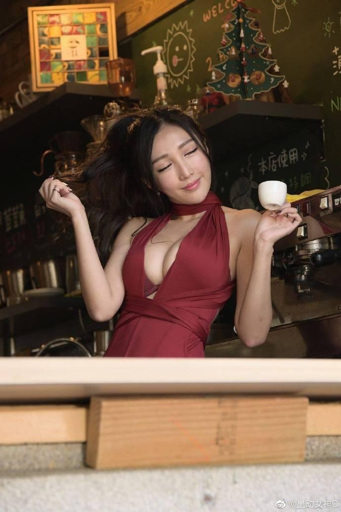 步非烟老板新餐厅系列《小小的菜单》116 步非烟-冰蛇(上)