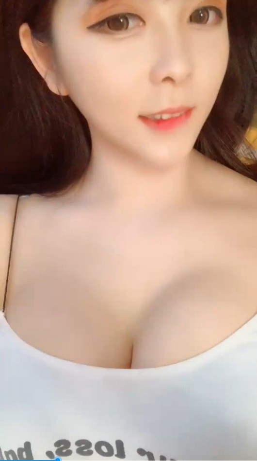 娜娜2019年飞机群福利17部小视频合集