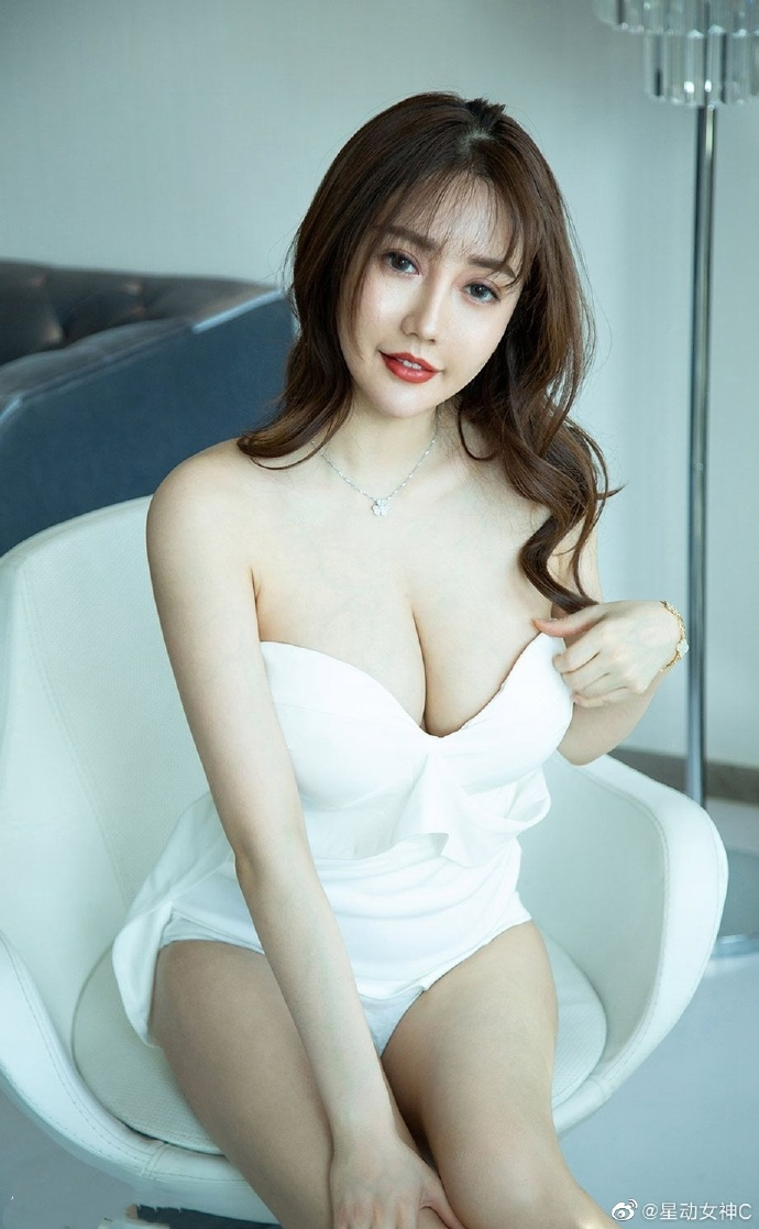 302 好姐姐--小琳