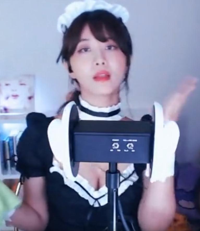I'm a Super maid MIMO ASMR 3DIO