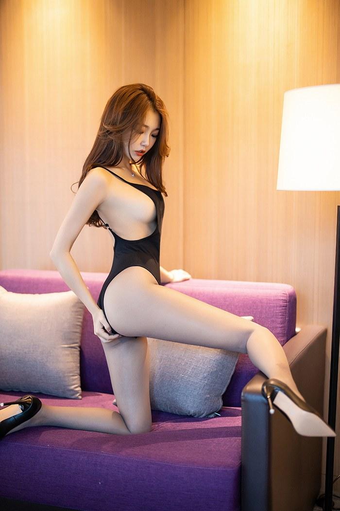 【中文音声】在夜店遇到的大姐姐
