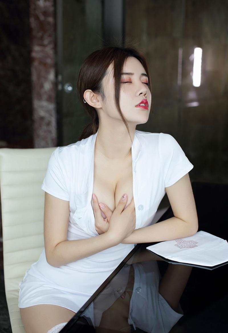 [两性天使ASMR]连耳背都不放过的舔耳