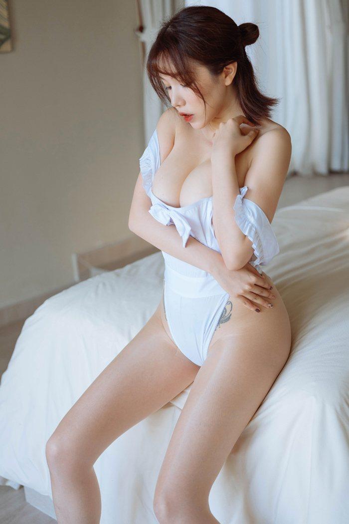 Aki秋水荔枝钻戒福利音频6月教师系列3集