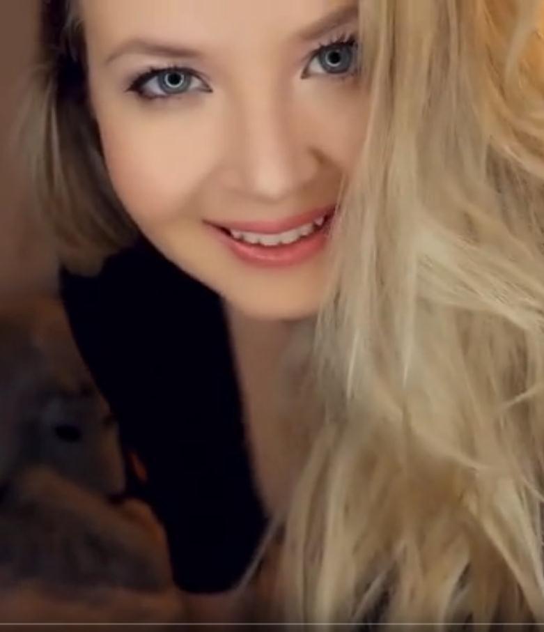 Valeriya ASMR你会很热的