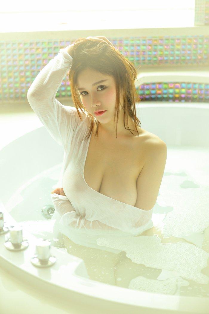 跟学妹求婚剧场 -Aki秋水