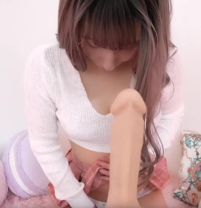 污酱U-chan分享6-6偶像少女淘气奉献手淫福利视频
