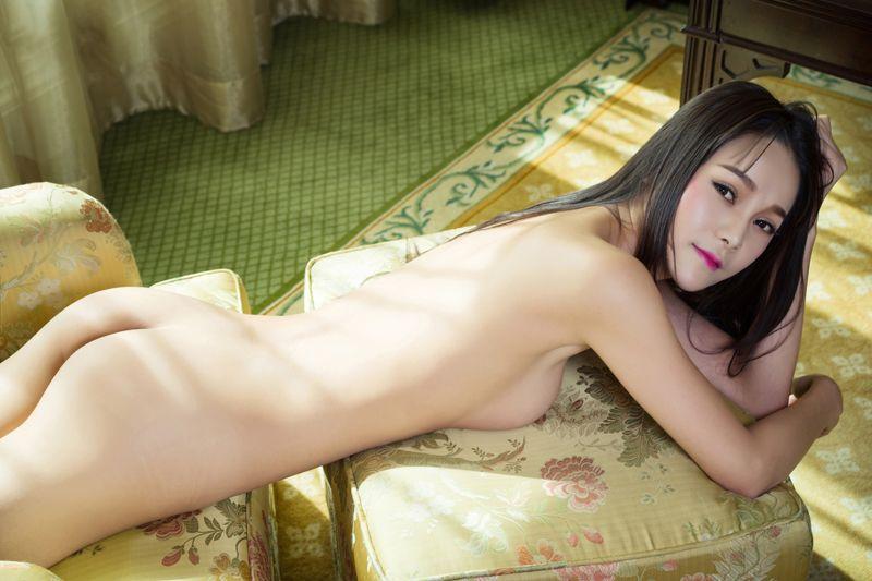 《大叔的小娇妻 01)》南飞